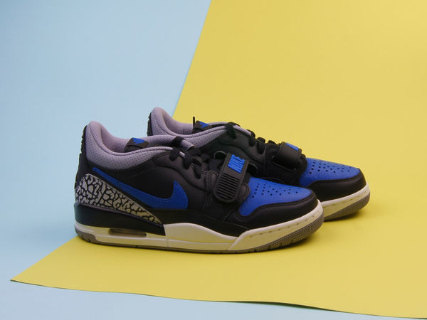 Кроссовки Air Jordan Legacy 312 low CD7069-041 40,5